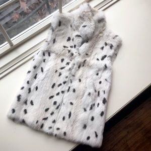 ✨ Host Pick ✨ MaxMara Rabbit Fur Vest